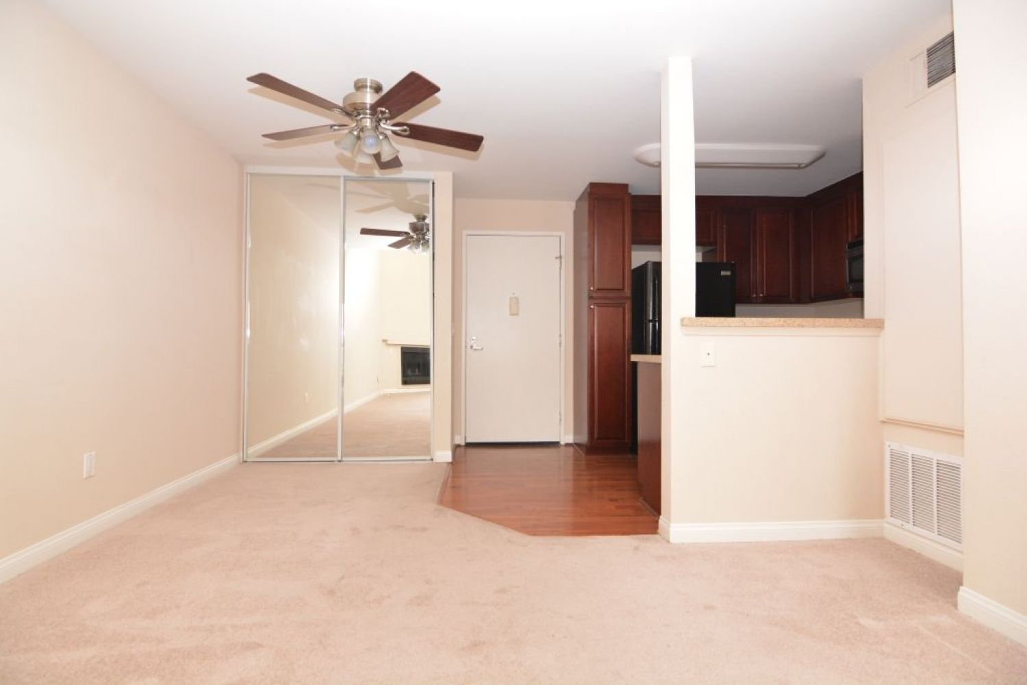 5540 Owensmouth Ave | Photo 12