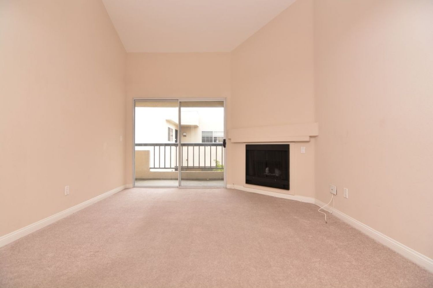 5540 Owensmouth Ave | Photo 11
