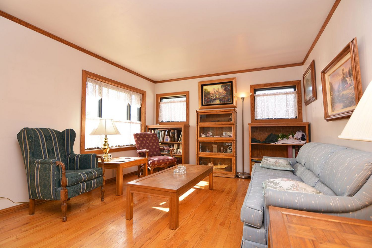 541 Olmsted Dr | Photo 5