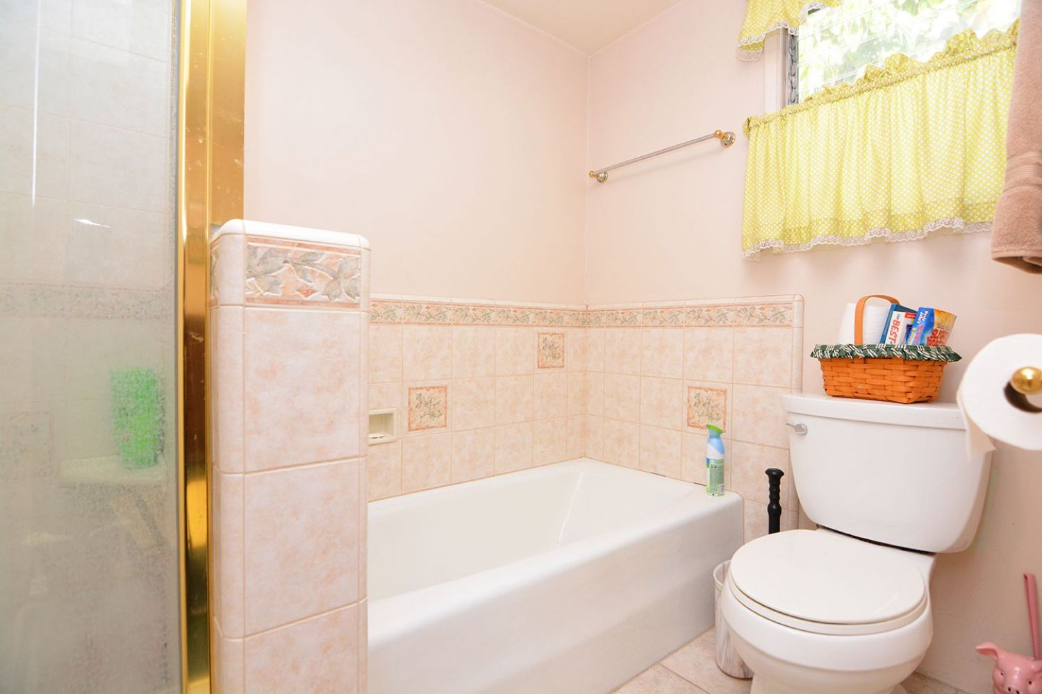 541 Olmsted Dr | Photo 17