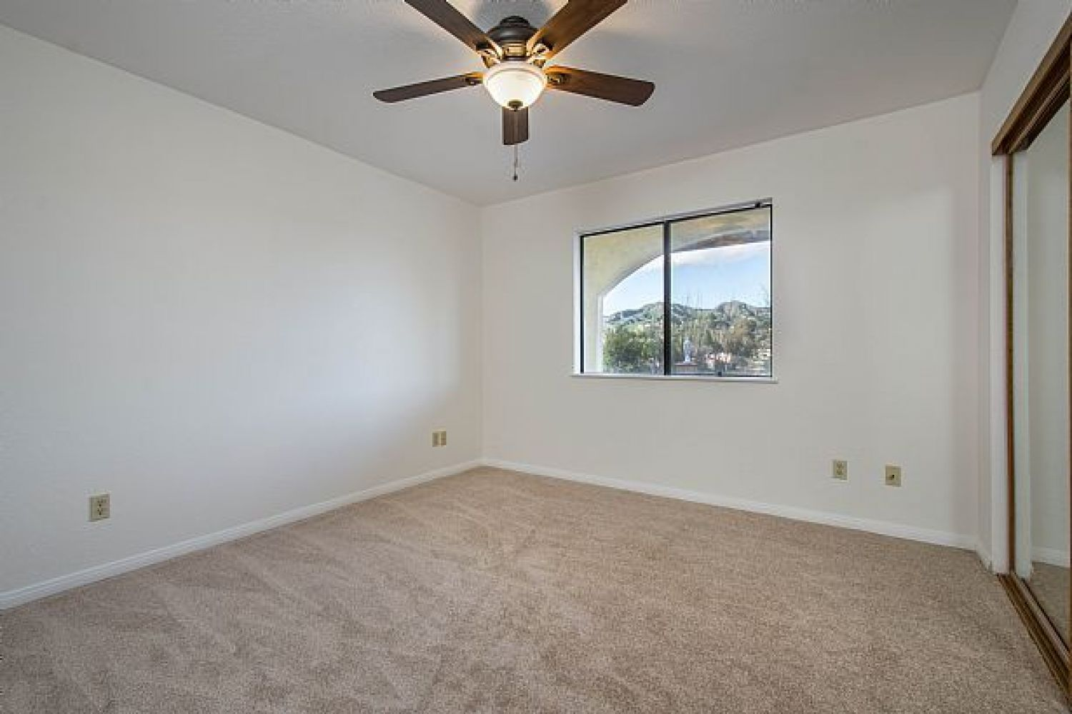30510 Remington Rd | Photo 21