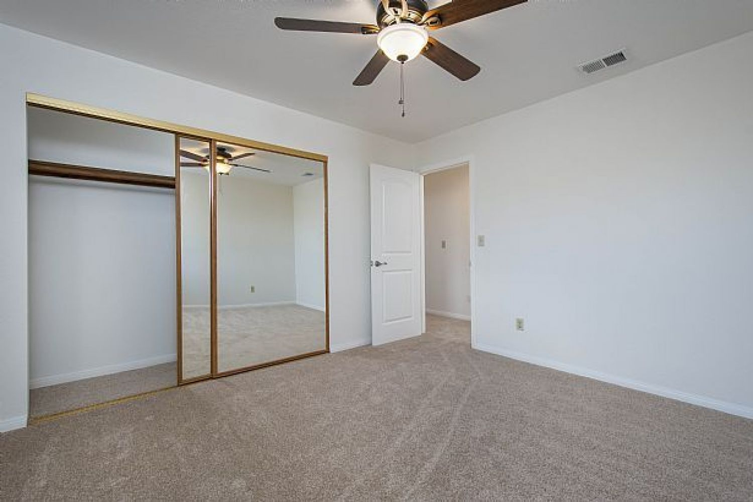 30510 Remington Rd | Photo 13