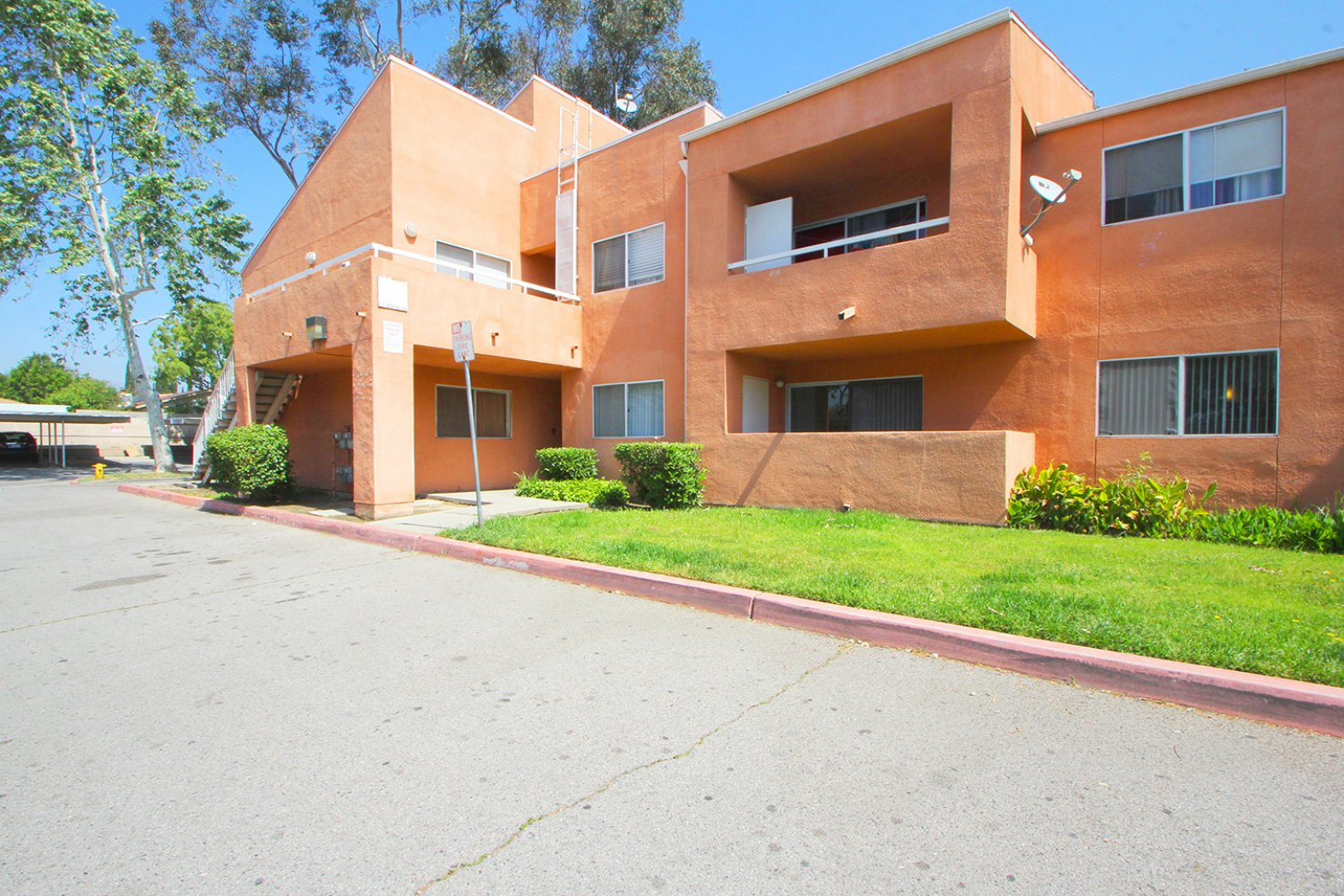 12601 Van Nuys Blvd													 Unit  130