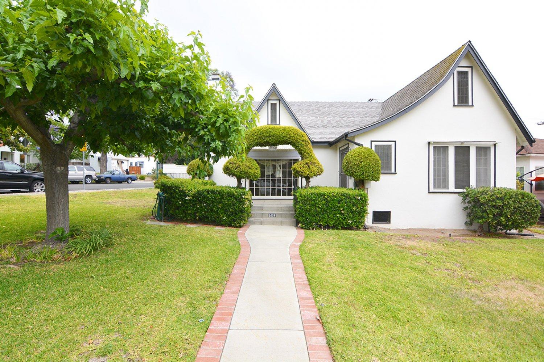 3658 Sierra Vista Ave