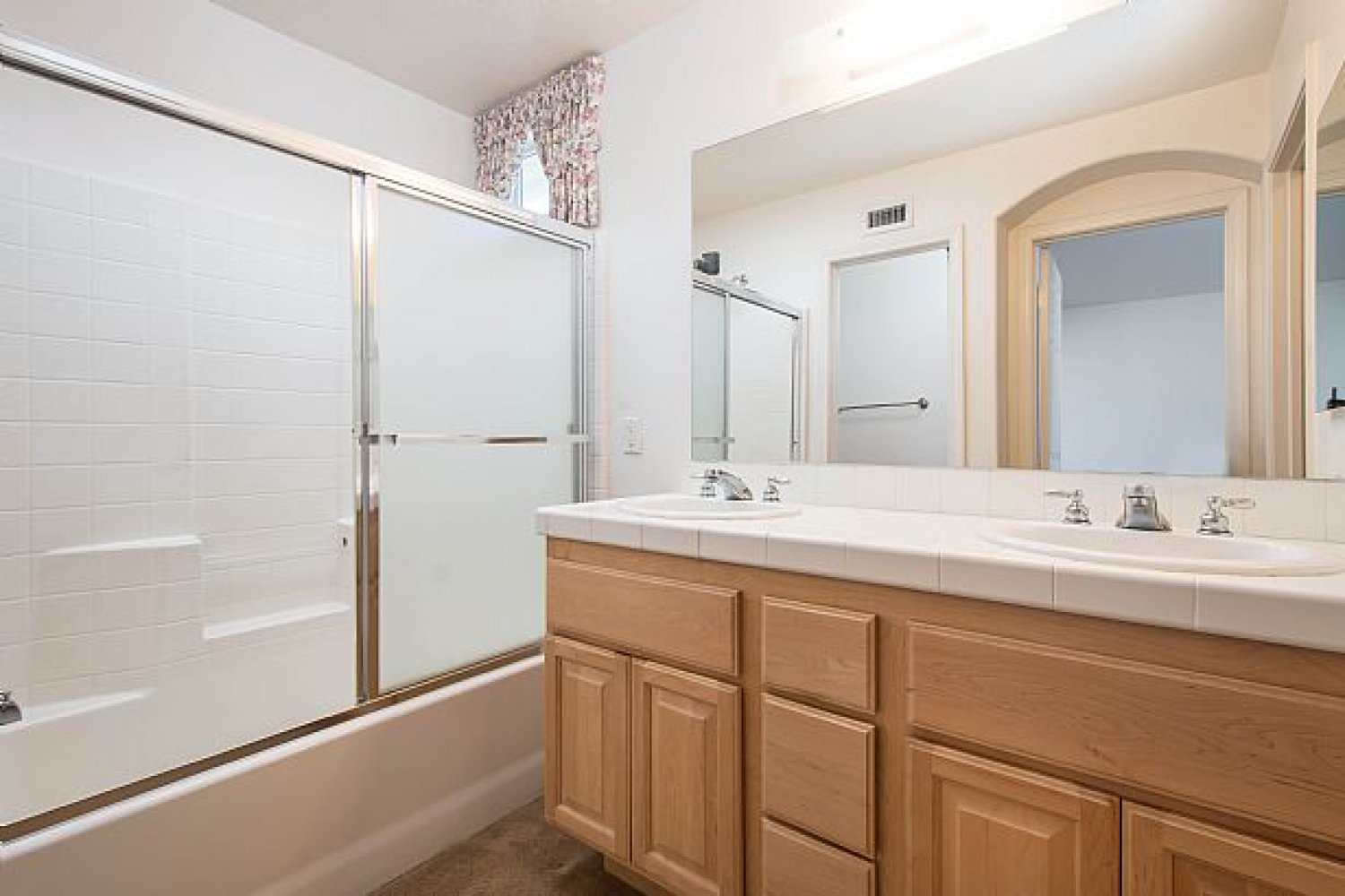 28236 Sycamore Dr | Photo 14