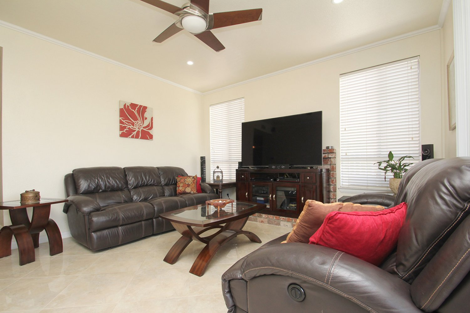 18602 Camelot Ct | Photo 7