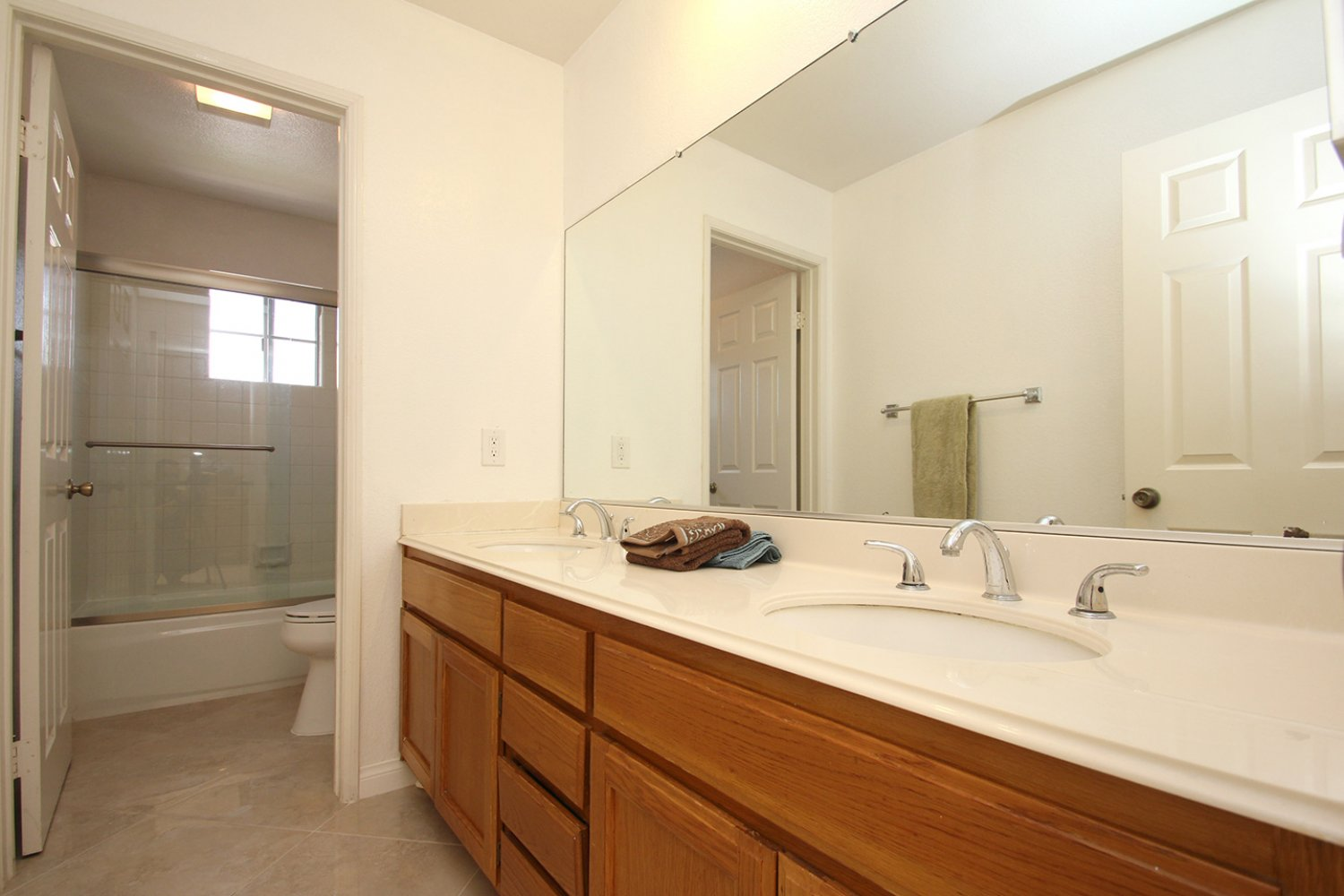 18602 Camelot Ct | Photo 23