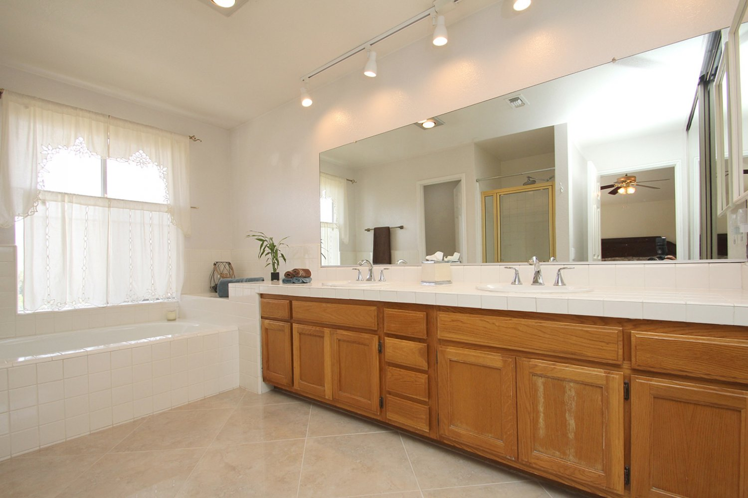 18602 Camelot Ct | Photo 29