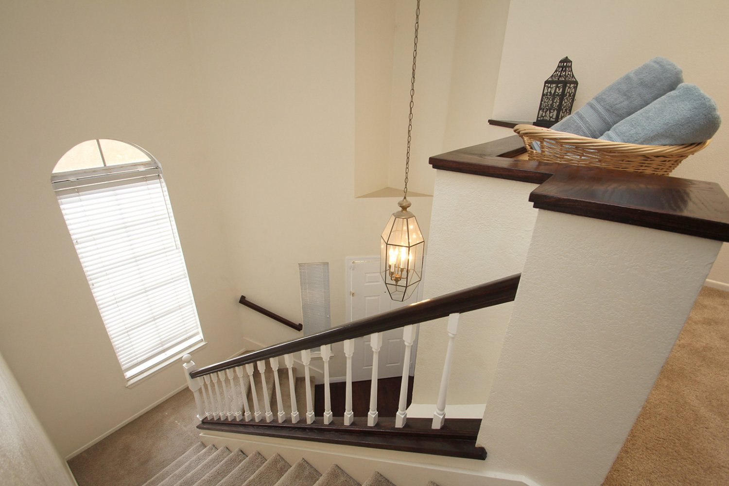 18602 Camelot Ct | Photo 16
