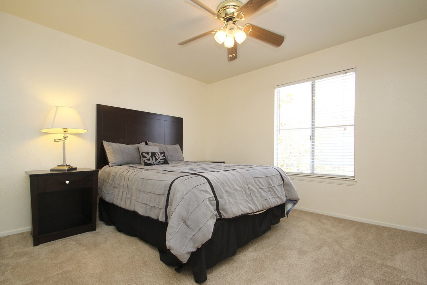 18602 Camelot Ct | Photo 22