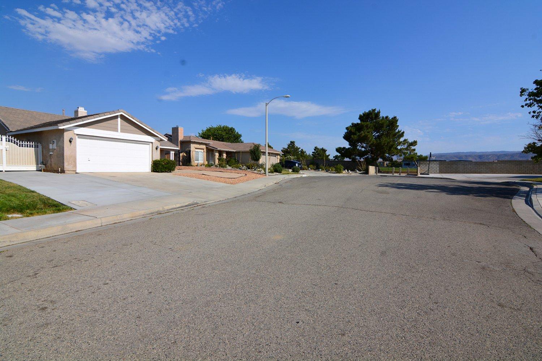 44058 61st West | Photo 2