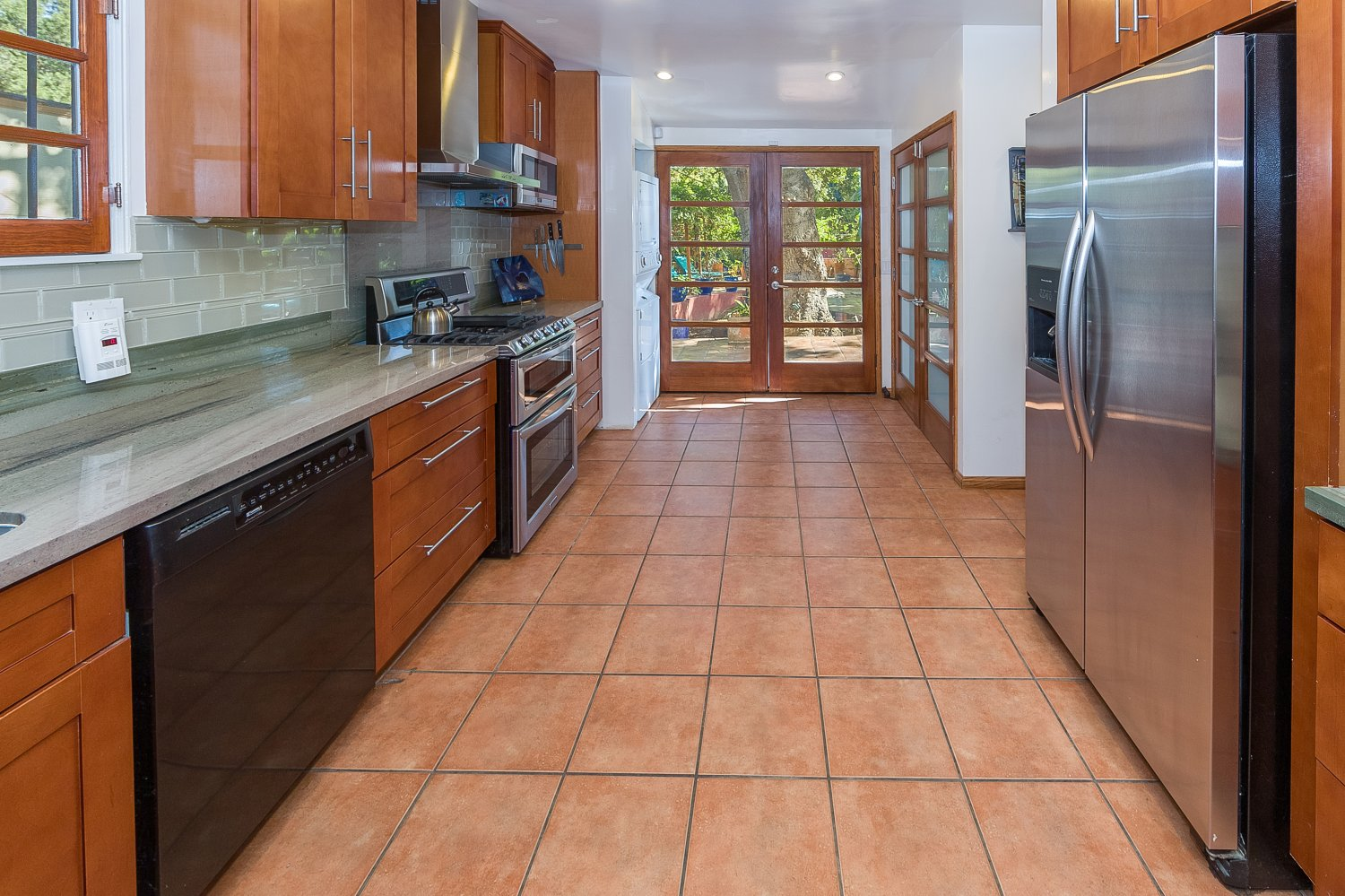 1090 Palm Ter | Large Photo 13