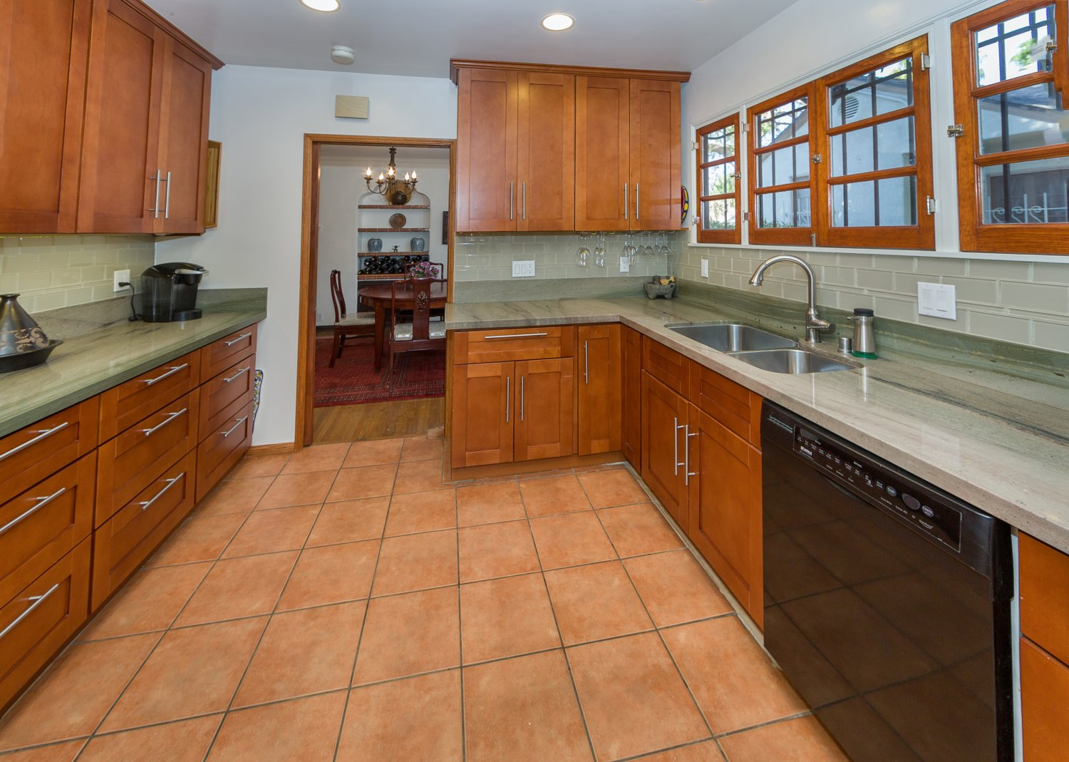 1090 Palm Ter | Large Photo 14