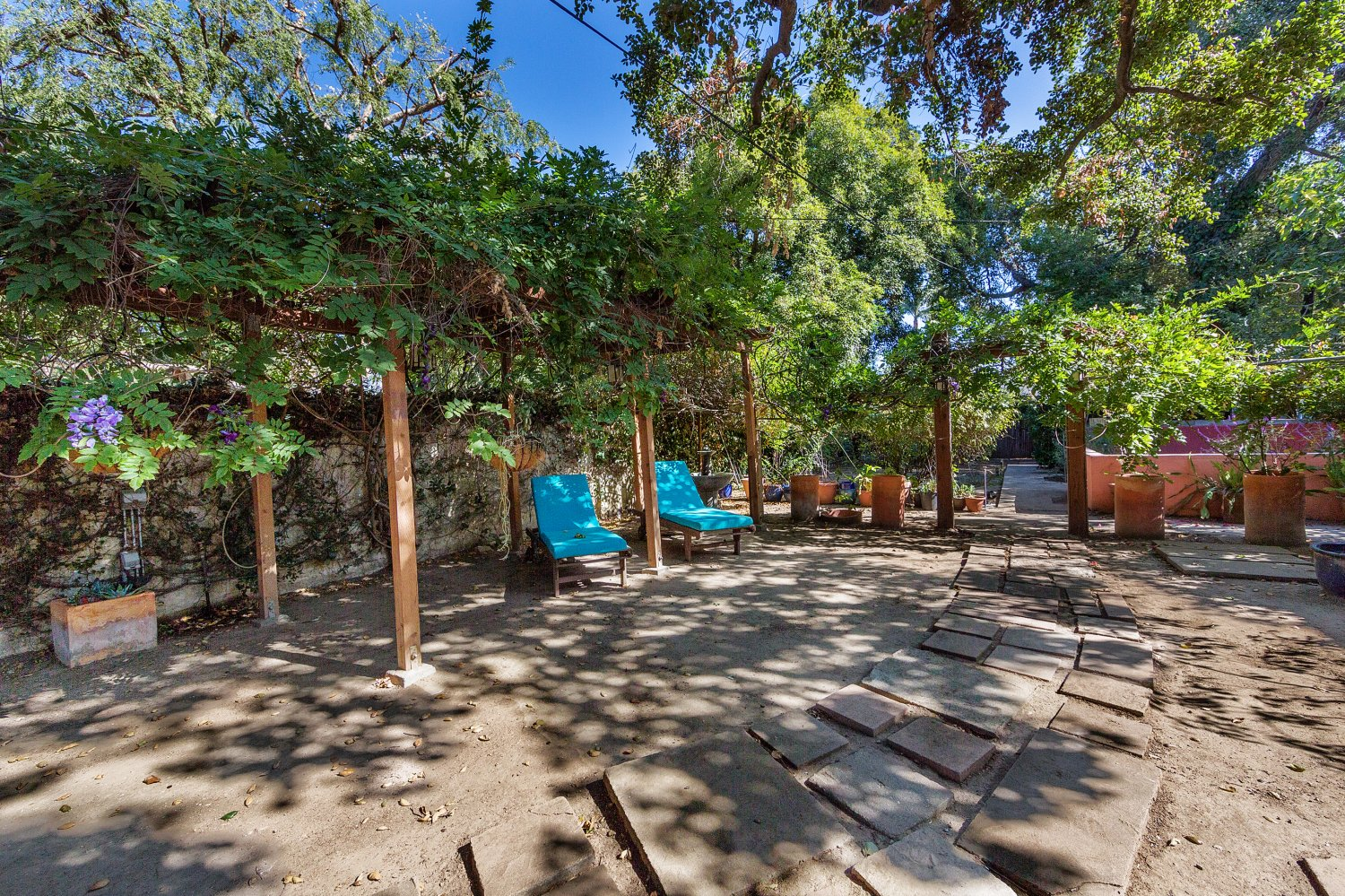1090 Palm Ter | Large Photo 30