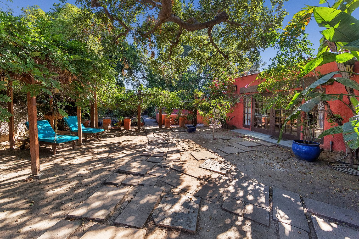 1090 Palm Ter | Large Photo 28