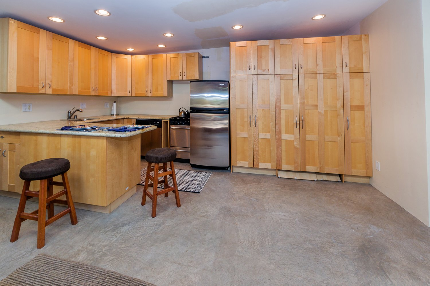 1090 Palm Ter | Large Photo 25