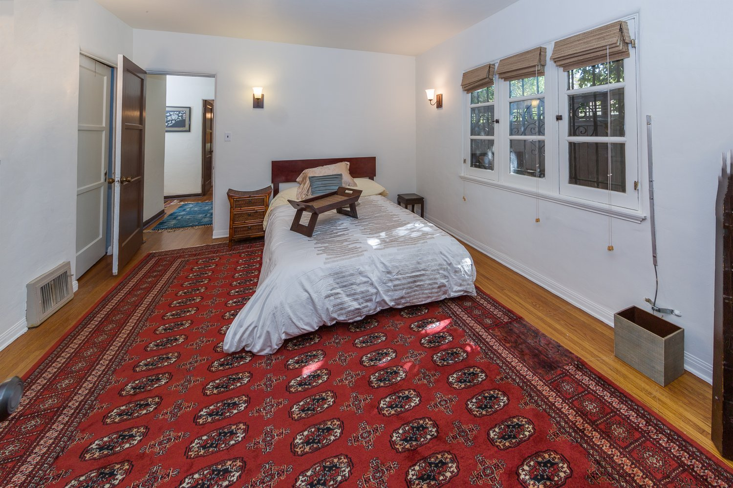 1090 Palm Ter | Large Photo 16