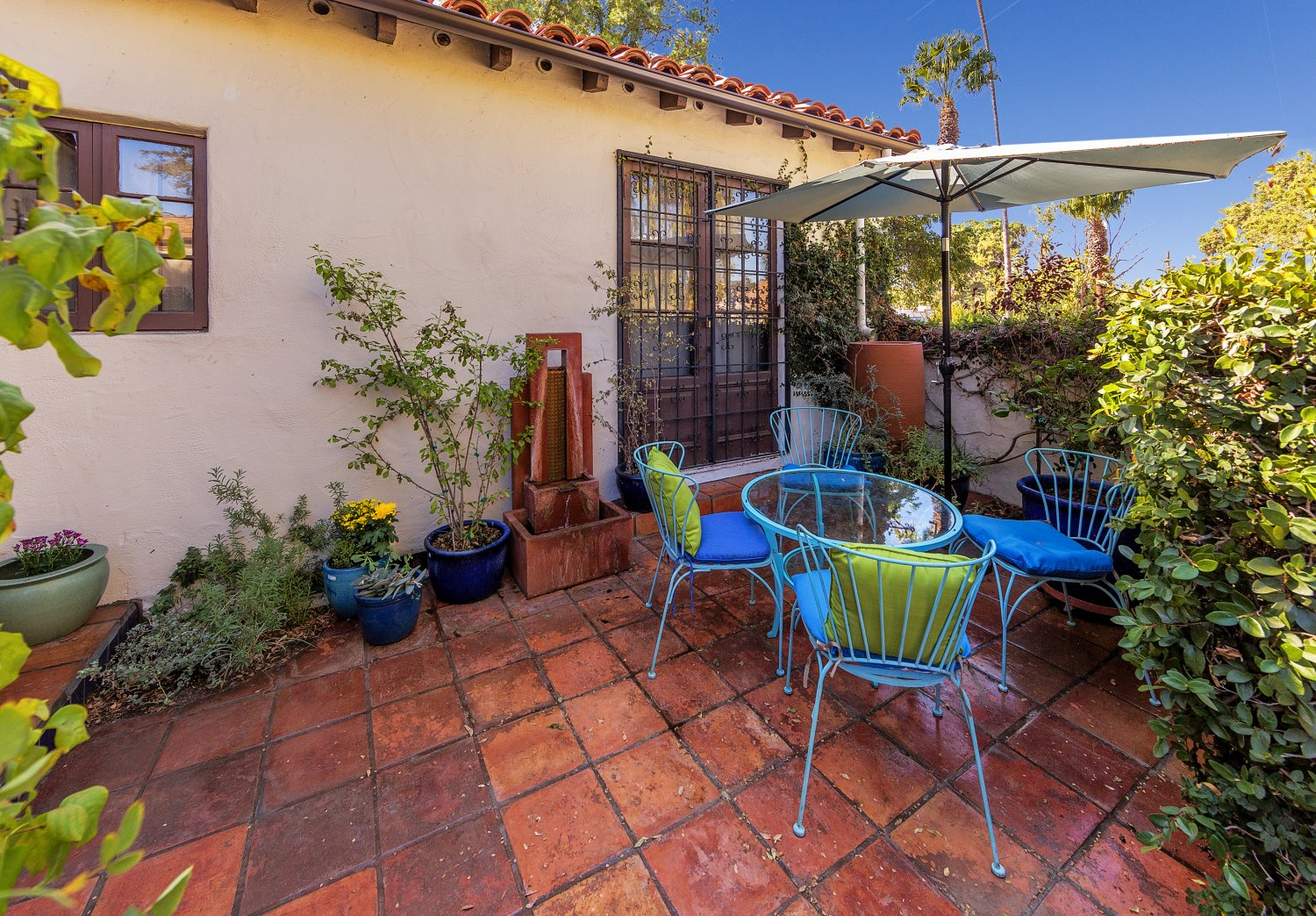 1090 Palm Ter | Large Photo 4