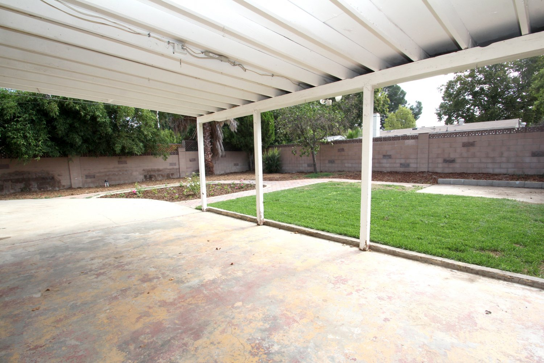 27540 Esterbrook Ave | Large Photo 20