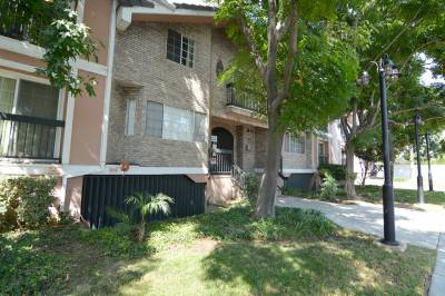 147 Acacia Ave