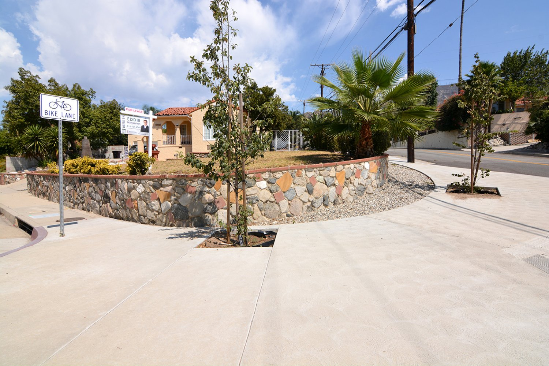 3605 Santa Carlotta St
