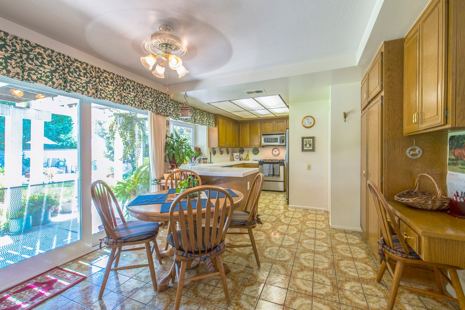 5614 E Crater Lake Ave | Large Photo 10