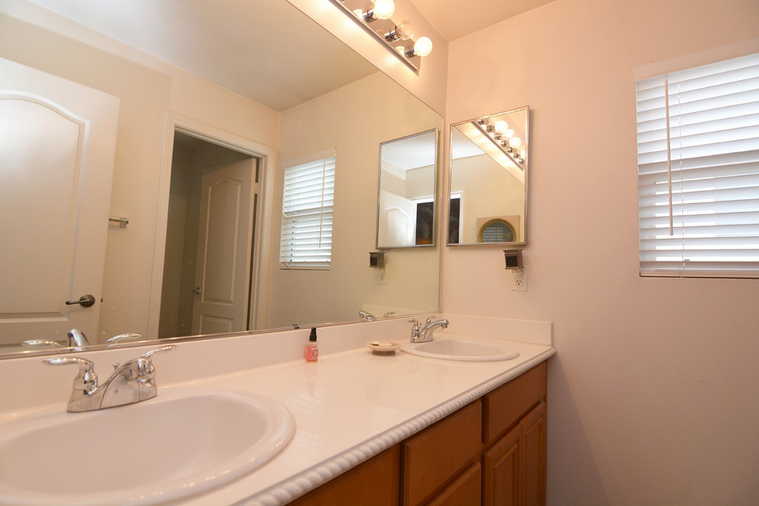 28612 Crown Heights Ct | Photo 15