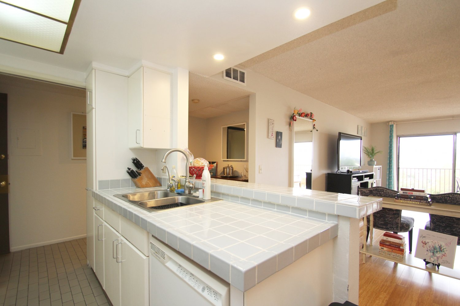 1517 East Garfield Ave | Large Photo 12