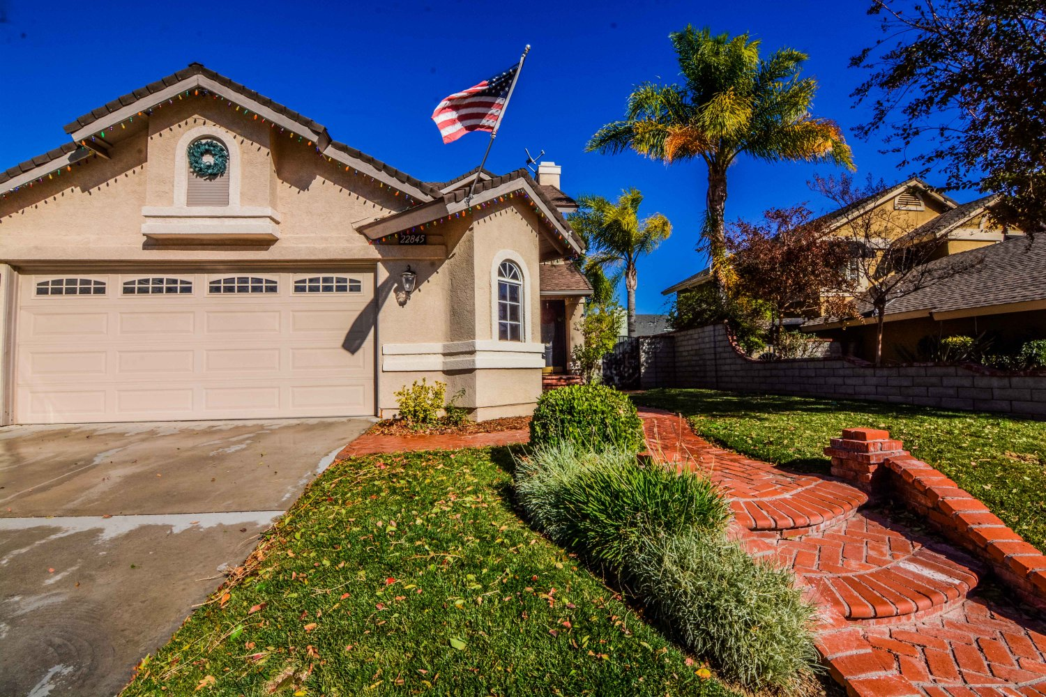22845 white pine pl saugus ca 91390 johnhart real for Big white real estate foreclosure
