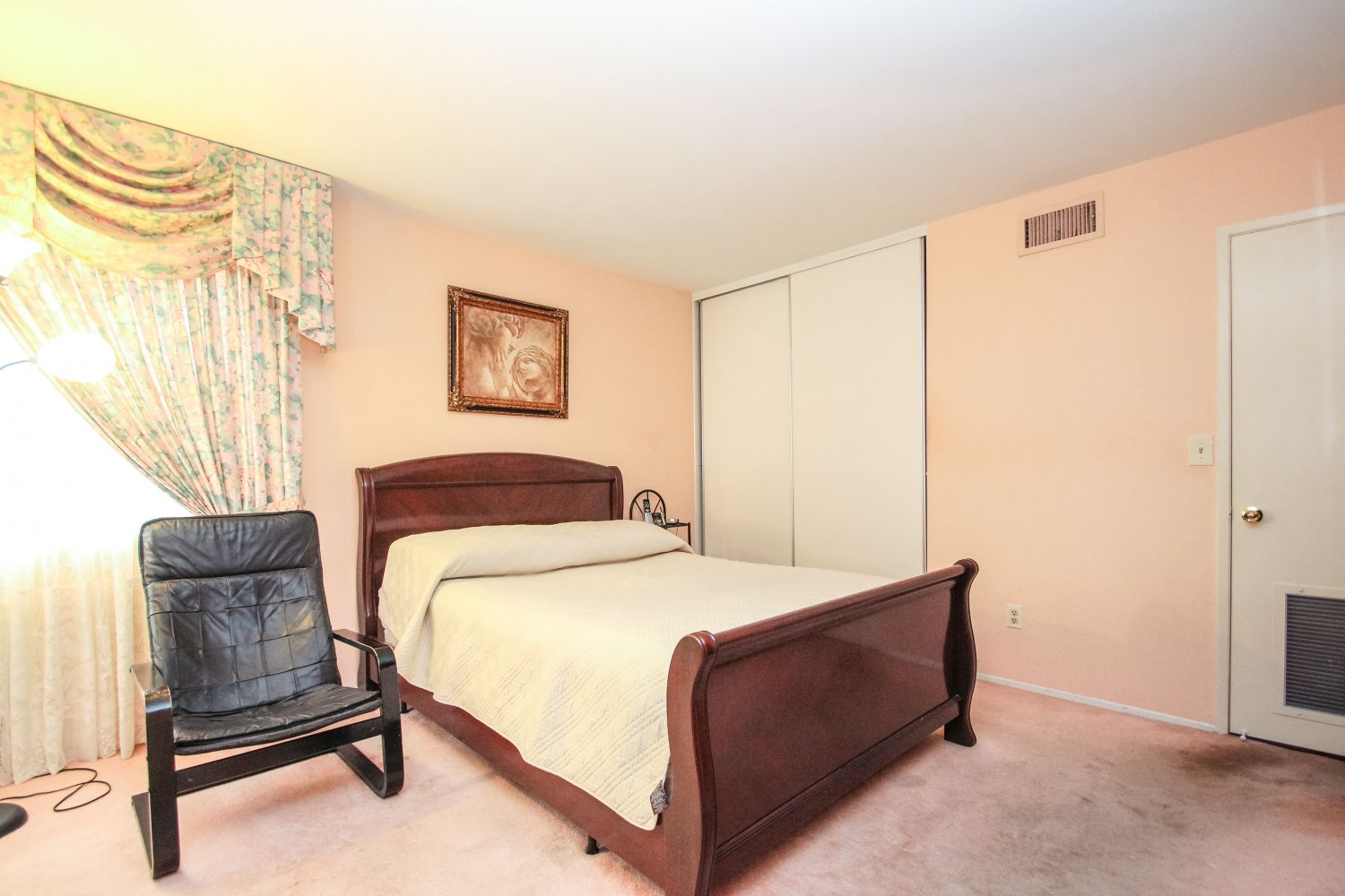 12076 Eddleston Dr. | Large Photo 29