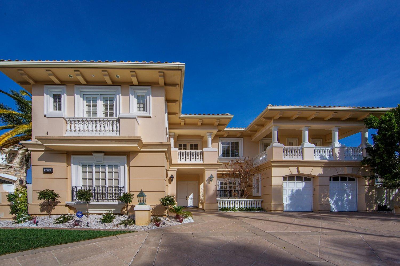 19103 Marlia Ct Tarzana Ca 91356 Johnhart Real Estate