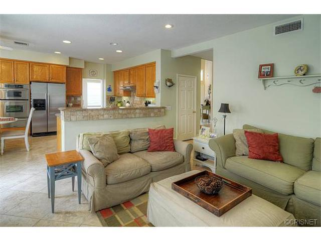 27360 Chesterfield Drive | Photo 11