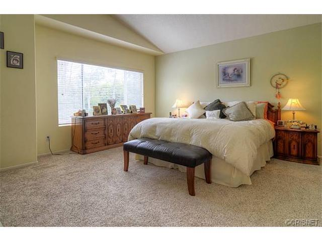 27360 Chesterfield Drive | Photo 18