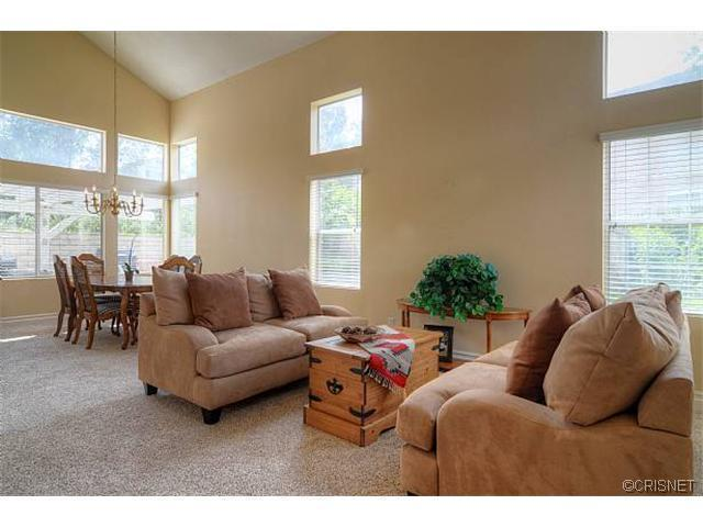 27360 Chesterfield Drive | Photo 8