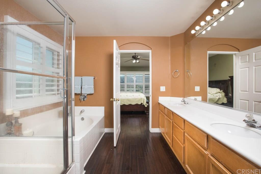 25311 Rolling Greens Way | Photo 7
