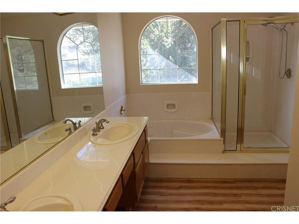 28833 Woodside Drive | Photo 12