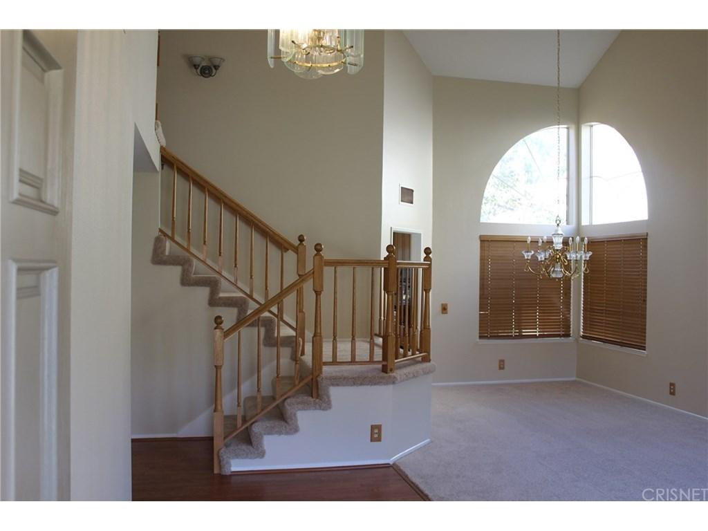 28833 Woodside Drive | Photo 2