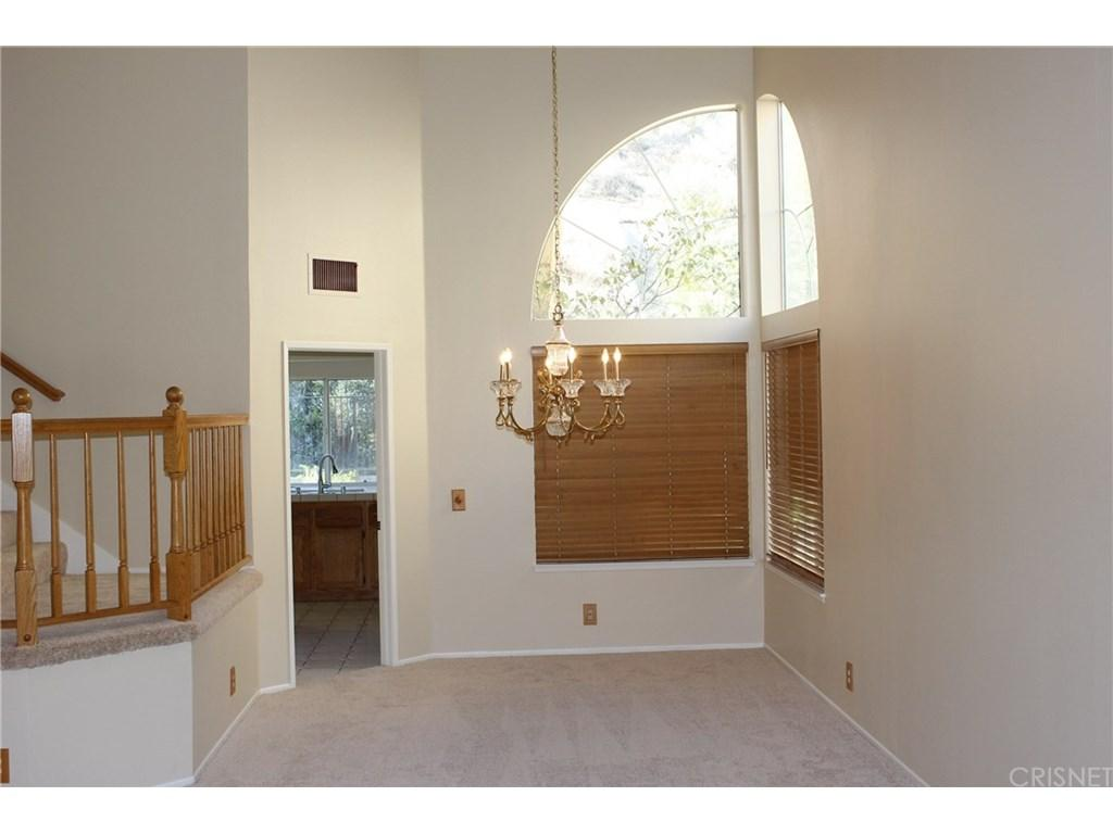 28833 Woodside Drive | Photo 3