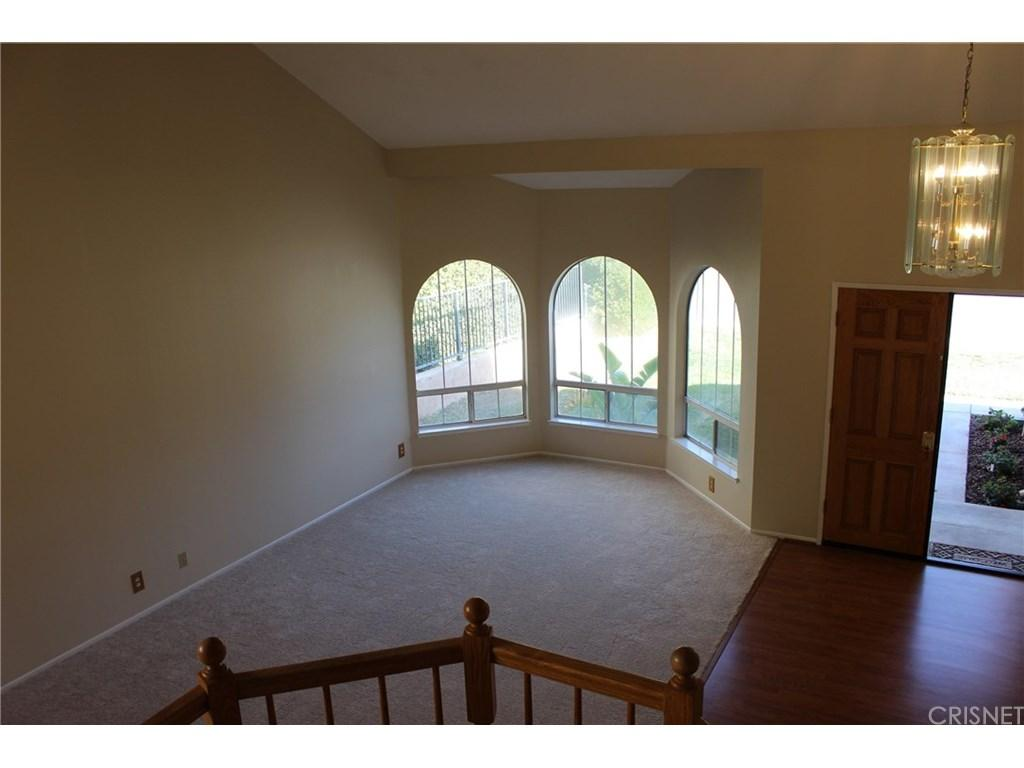 28833 Woodside Drive | Photo 4