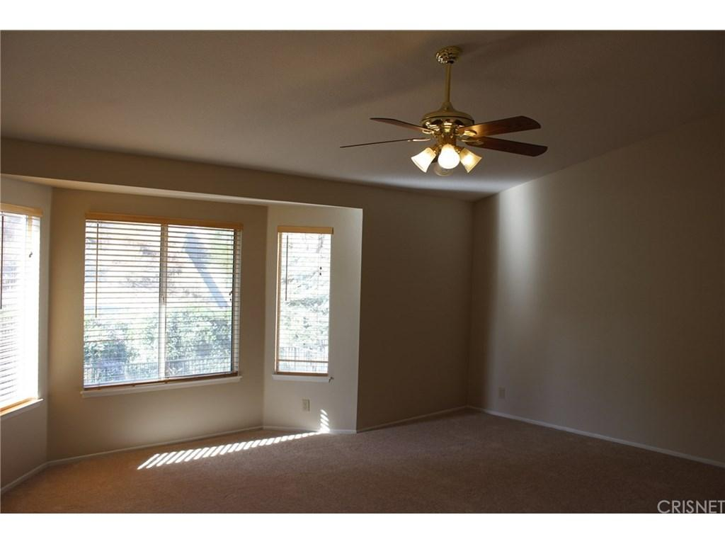 28833 Woodside Drive | Photo 9