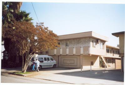208 West Cypress Street