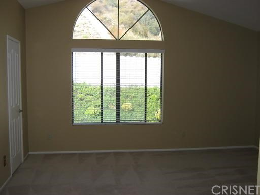 15734 Kenneth Place | Photo 11