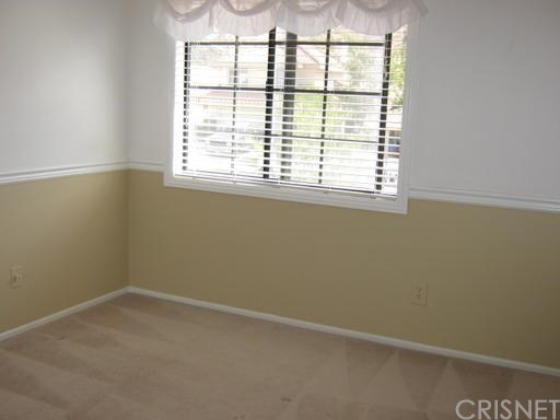 15734 Kenneth Place | Photo 9