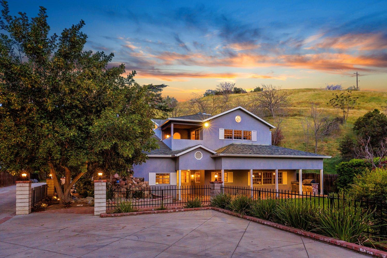 Shadow Hills CA 91040
