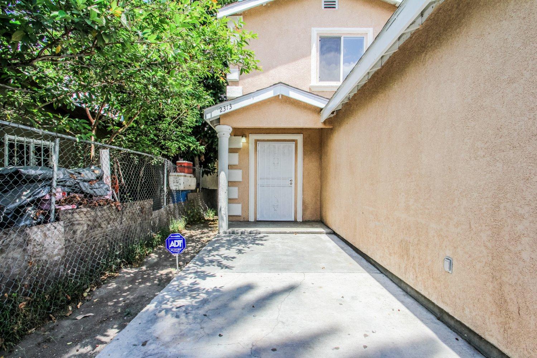 2315 E Piru St, Compton CA 90222 | JohnHart Real Estate Redefined