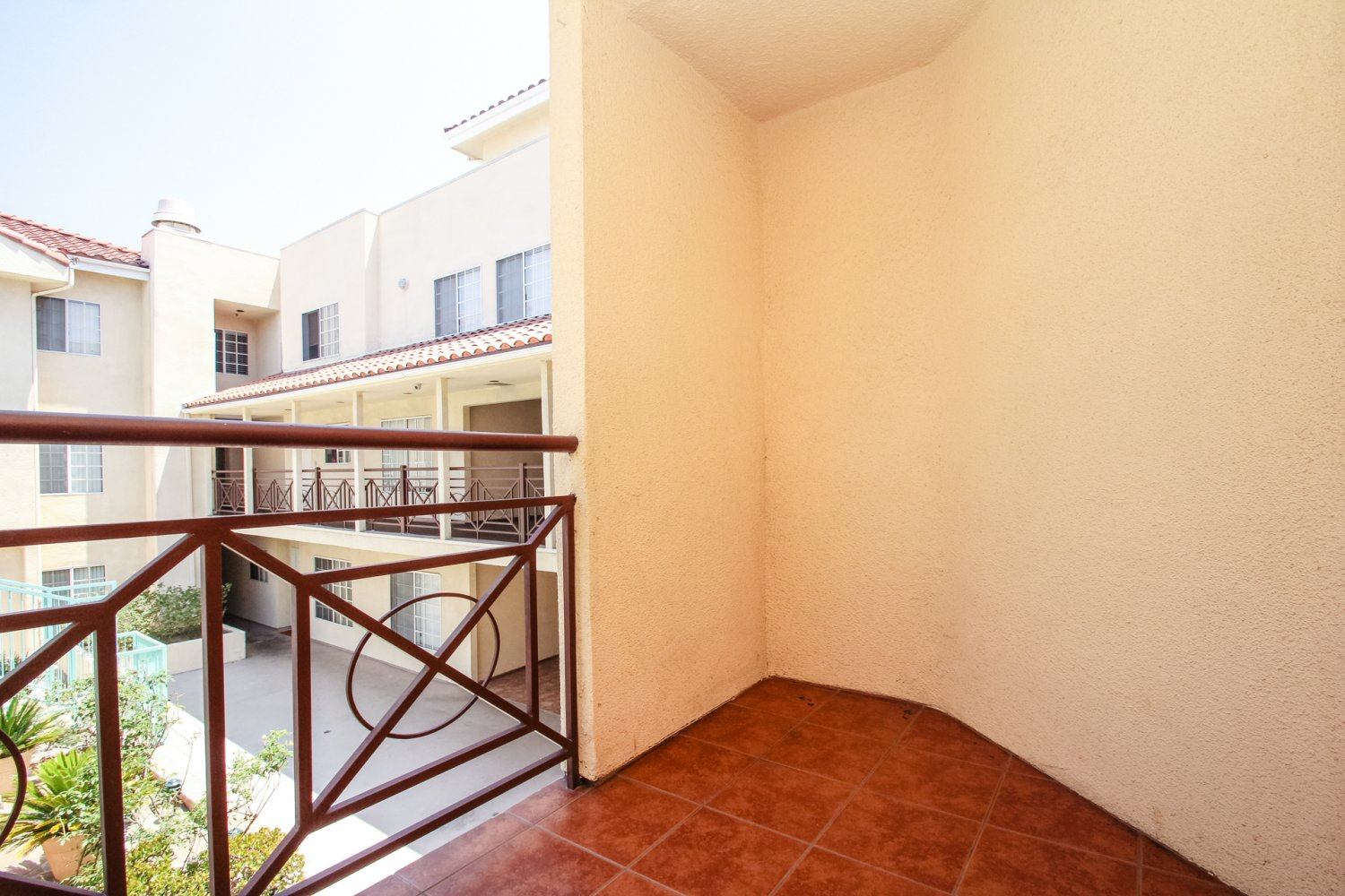 1131 Campbell St | Large Photo 25