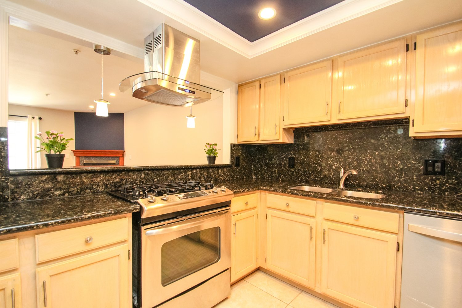 1131 Campbell St | Large Photo 15