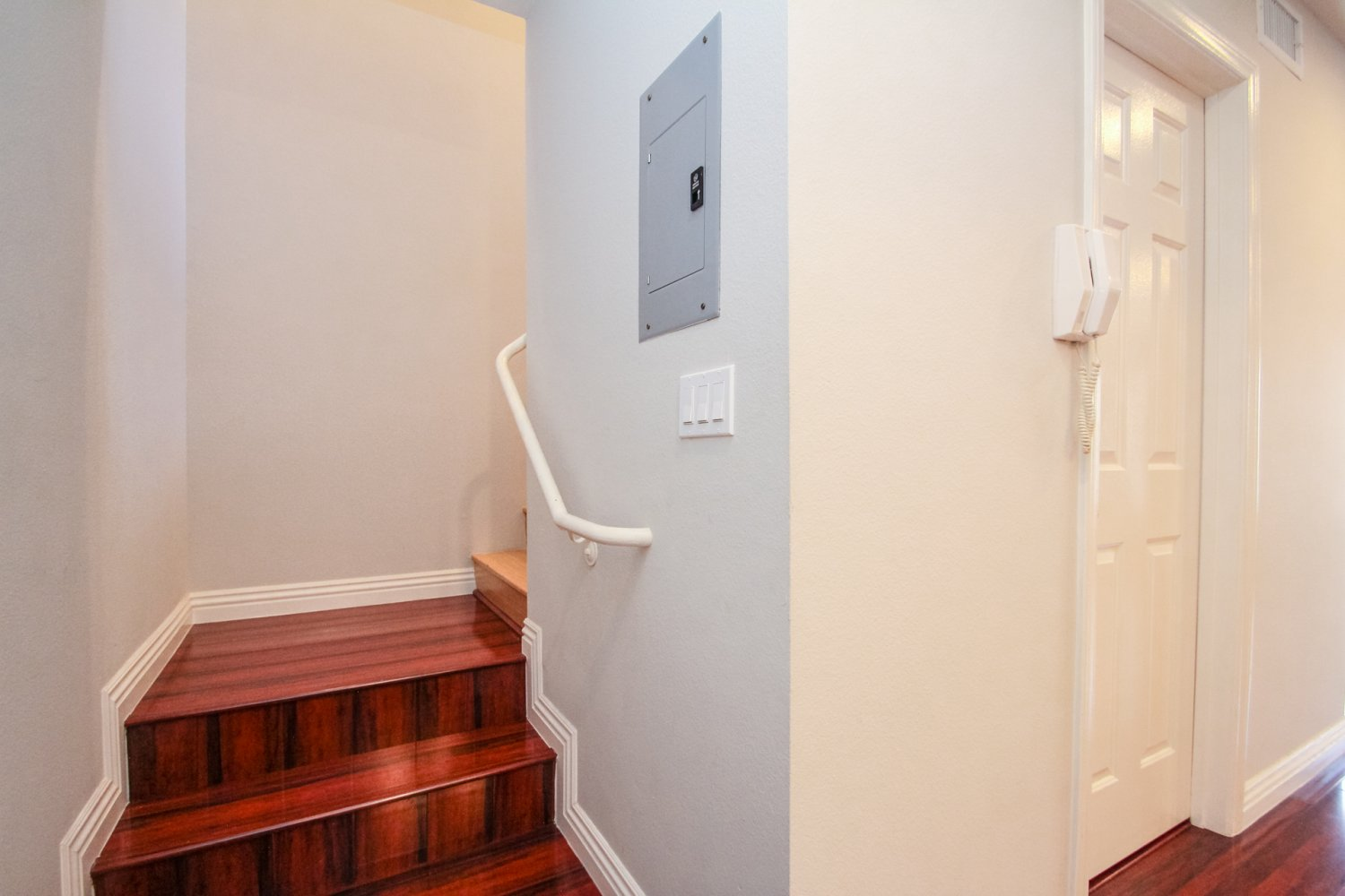 1131 Campbell St | Large Photo 27