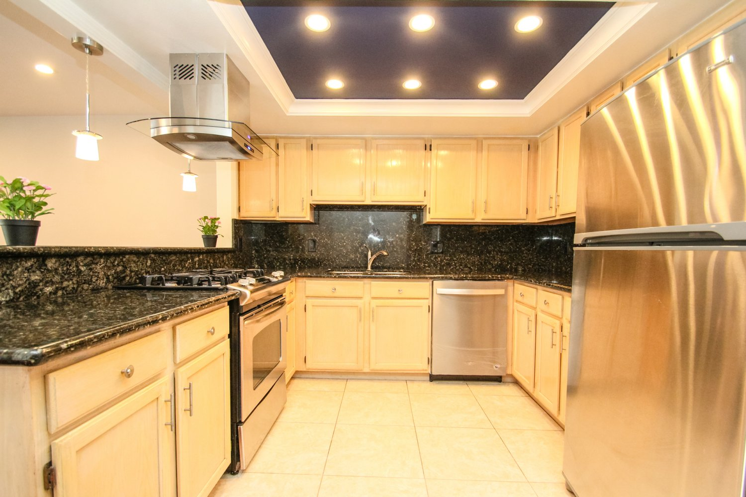 1131 Campbell St | Large Photo 12