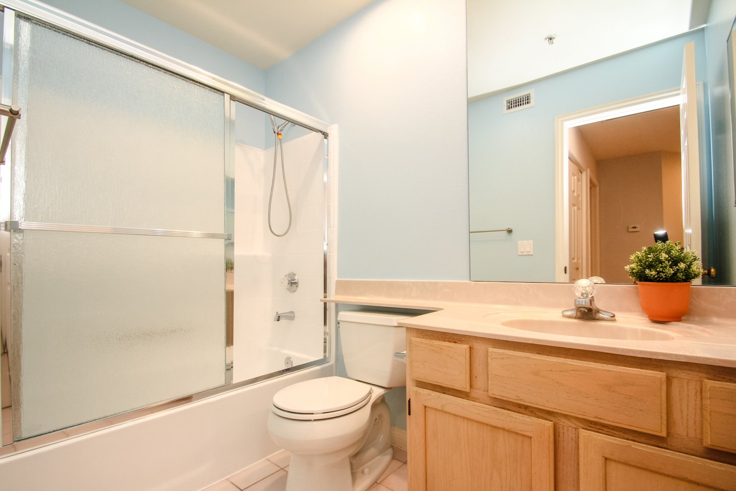 1131 Campbell St | Large Photo 31